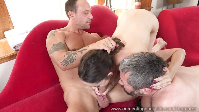 XXX कोई पंजीकरण  डॉली उसकी योनी से नहीं सेक्सी पुरानी मूवी खेलती