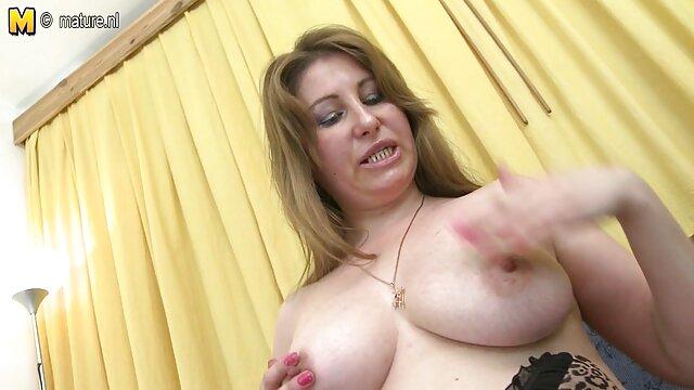 XXX कोई पंजीकरण  स्पैनिश ब्रिटेन सनी लियोन सेक्सी फुल मूवी वीडियो विनम्र